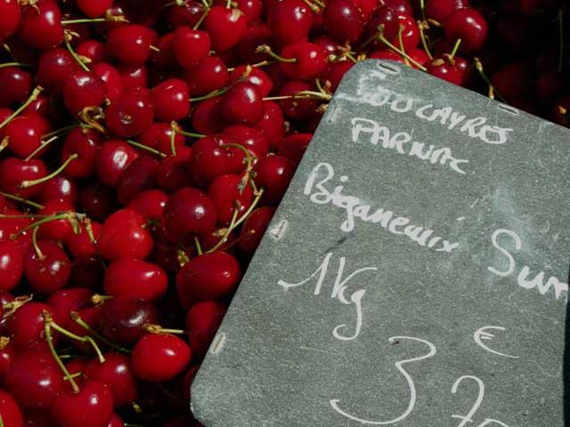 Des Cerises/ Cherries, Souillac Market